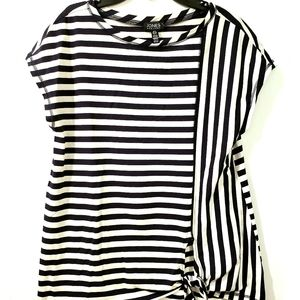 NWT Blouse Jones New York Top Size S Fits 4-6